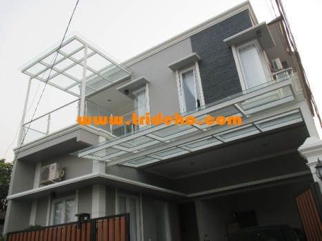 Canopy kaca tempered 10 mm